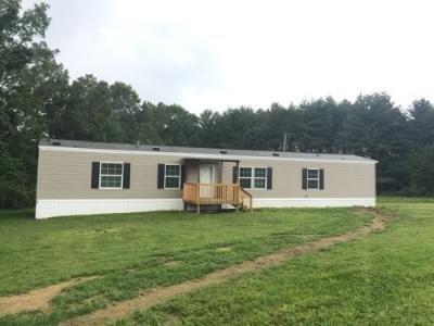 Mobile Home at 174 Claude Howard Rd Deer Lodge, TN 37726