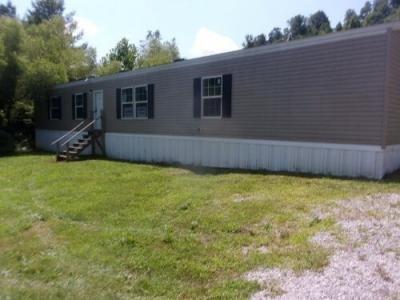 Mobile Home at 6131 Ky 1304 Girdler, KY 40943