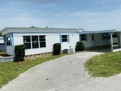 Mobile Home at 176 South Lake Drive Leesburg, FL 34788