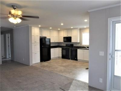 Mobile Home at 60 East Fox Run Holland, OH 43528
