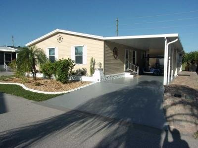 Mobile Home at 425 Barcelona Blvd. Arcadia, FL 34266