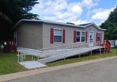 Mobile Home at 2856 W. Carleton Rd. Lot 41 Hillsdale, MI 49242