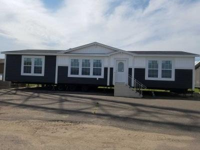 Mobile Home at 5184 Fallbrook Ct Wyoming, MN 55092