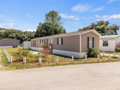 Mobile Home at 211 Oak Lane Tampa, FL 33610