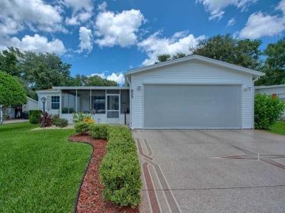 Mobile Home at 933 E Norman St Lady Lake, FL 32159