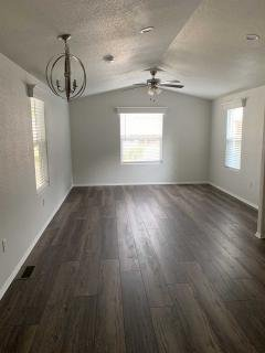 Photo 4 of 6 of home located at 11401 Topanga Cyn. Rd., Spc. 48 Chatsworth, CA 91311