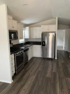 Photo 5 of 6 of home located at 11401 Topanga Cyn. Rd., Spc. 48 Chatsworth, CA 91311