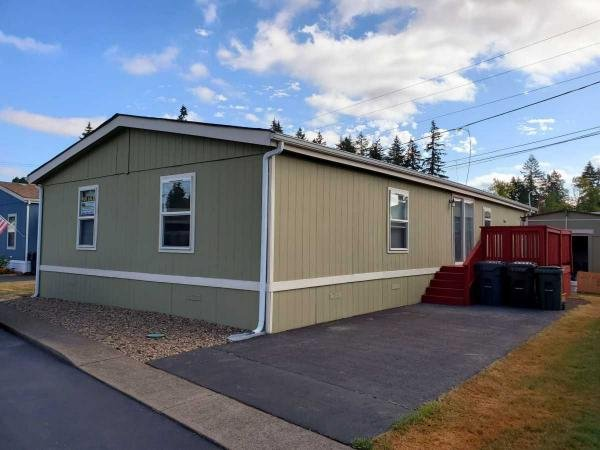 Milwaukie Or Senior Retirement Living Manufactured And Mobile Homes For Sale Or Rent