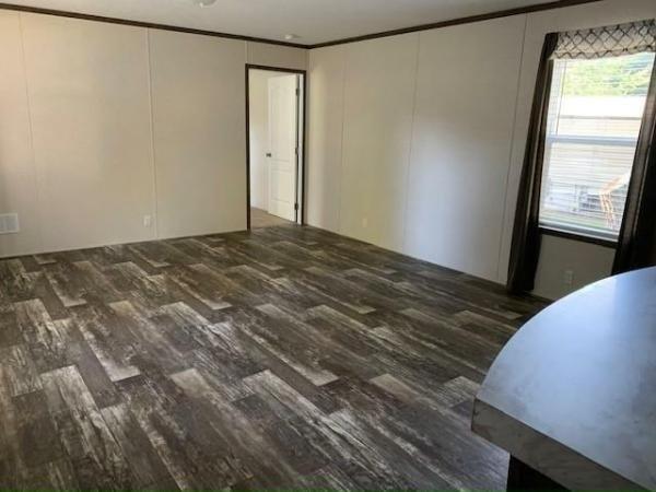 2019 Clayton - Wakarusa Mobile Home For Sale