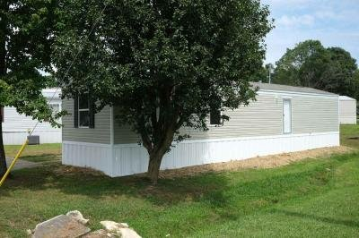 Mobile Home at 404 Carrie Lee Ln. Clinton, TN 37716