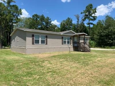 Mobile Home at 5855 W Grigsby Rd Vidor, TX 77662