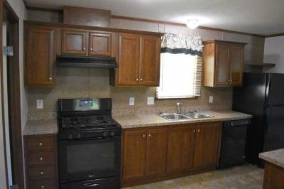 Mobile Home at 3725 N. Peoria Road Site 111 Springfield, IL 62702