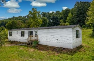 Mobile Home at 404 Amis Chapel Rd Surgoinsville, TN 37873