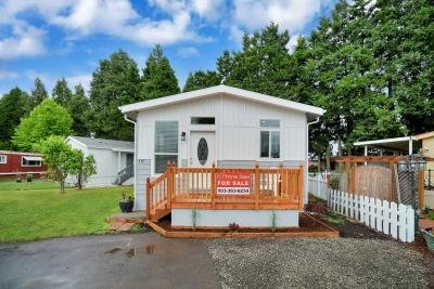 Mobile Home at 2200 Lancaster Dr Se 11D Salem, OR 97317