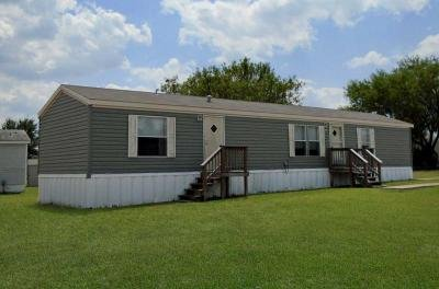 Mobile Home at 117 Shoecross Lot 154 Liberty Hill, TX 78642