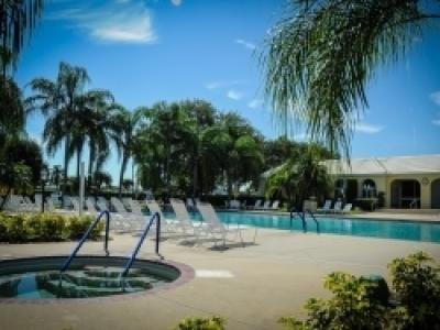 Mobile Home at 110 Juniper Trce Parrish, FL 34219