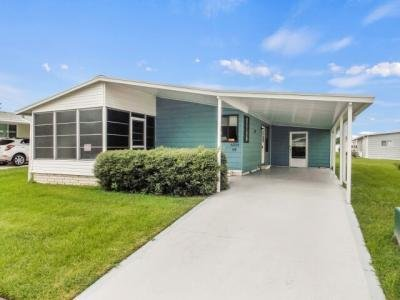 Mobile Home at 6334 Spring Lake Circle Zephyrhills, FL 33540