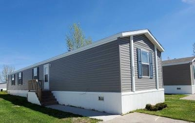 Mobile Home at 4908 Silver Gate Dr Grand Forks, ND 58203