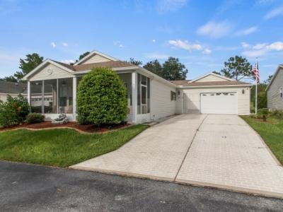 Mobile Home at 9504 Country Club Lane Dade City, FL 33525