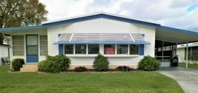 Mobile Home at 374 Woodhill Drive South Lot 1510 Ariana Street Lakeland, FL 33803