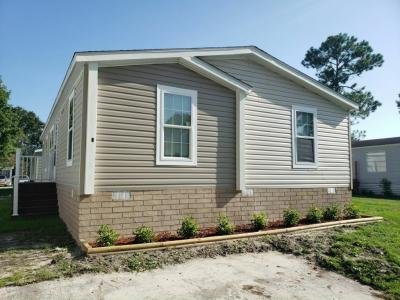 Mobile Home at 5400 Collins Road, #9 Jacksonville, FL 32244