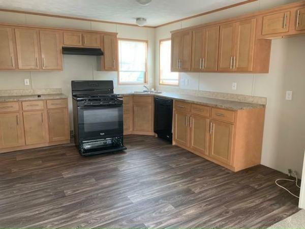2017 FRIENDSHIP Mobile Home For Sale