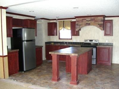 Mobile Home at 6241 Skipton Grand Rapids, MI 49548