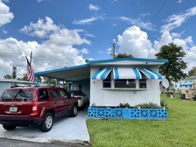 Mobile Home at 6515 15Th St E, Lot A10 Sarasota, FL 34243