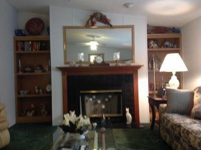 Mobile Home at 9854 Brandywine Dr Navarre, FL 32566