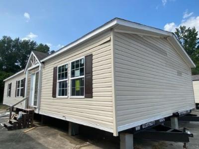 Mobile Home at 1111 Fl Av SW Denham Springs, LA 70726