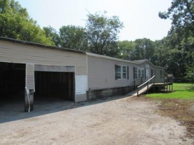 Mobile Home at 1011 Fair St Dyersburg, TN 38024