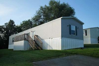 Mobile Home at 429 Seaton Way Kodak, TN 37764