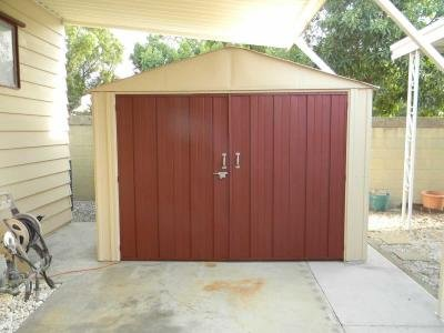 Steel Shed 10x10