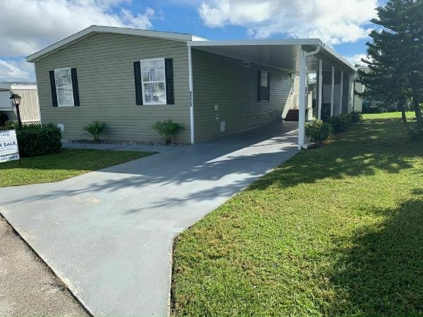 2016 Fleetwood Davenport Mobile Home