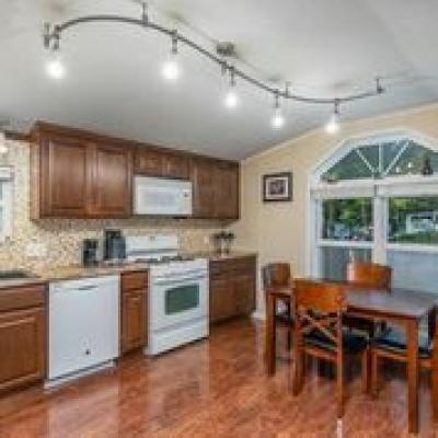 Mobile Home at Creek Wood Estates Columbia, MO 65202