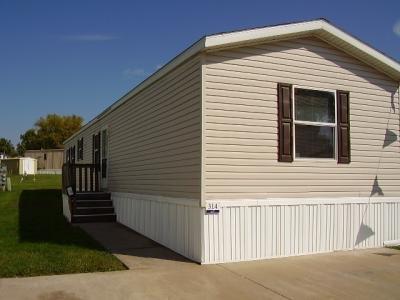 Mobile Home at 3332 W 50Th Street Lot 314 Davenport, IA 52806