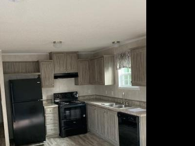 Mobile Home at 12844 Manderson Plaza # 197 Omaha, NE 68164