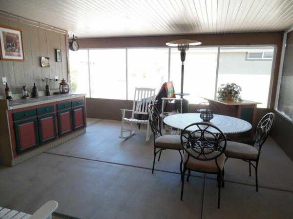 2005 REDMA Mobile Home For Sale