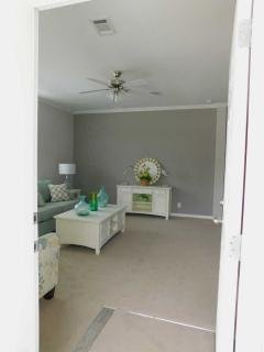 Photo 4 of 17 of home located at 38123 Covered Bridge Blvd Zephyrhills, FL 33542