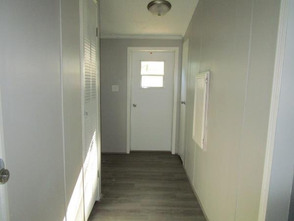 1992 Holly Park Mobile Home For Sale