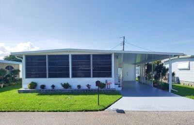 Mobile Home at 256 2Nd St E Nokomis, FL 34275