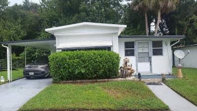 Mobile Home at 904 North Colonial Circle Daytona Beach, FL 32117