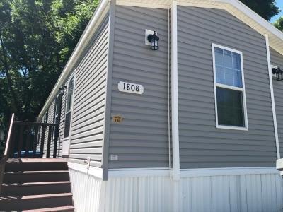 Mobile Home at 1808 Central Drive Sw Lot 100 Cedar Rapids, IA 52404