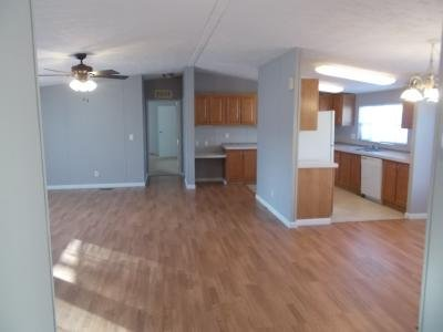Mobile Home at 5001 South Ave Lot 140 Toledo, OH 43615