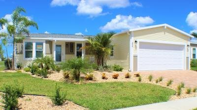 Mobile Home at 3927 Manatee Club Drive Ruskin, FL 33570