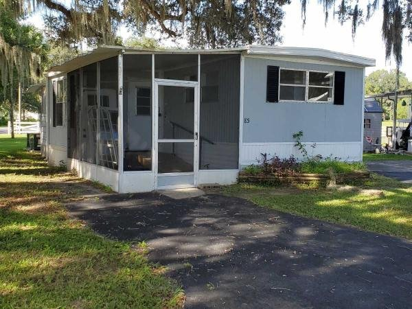 Photo 1 of 2 of home located at 21253 Yontz Rd Lot 85 Brooksville, FL 34601