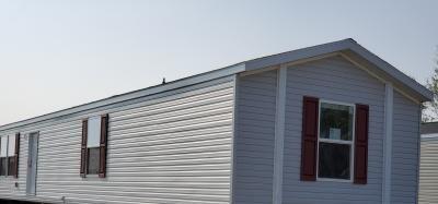 Mobile Home at 1902 Western Drive Sw Lot 207 Cedar Rapids, IA 52404