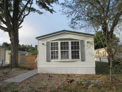 Mobile Home at 122 Ashbury Ridge Mooresville, IN 46158
