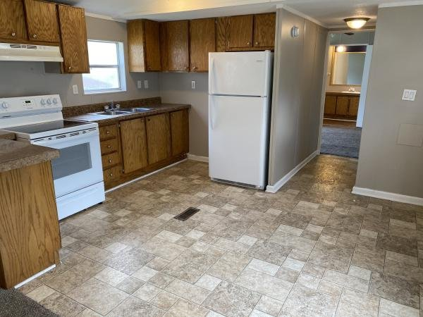 1996 WAYCROSS Mobile Home For Sale