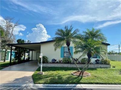 Mobile Home at 5700 Bayshore Road, Unit 200 Palmetto, FL 34221
